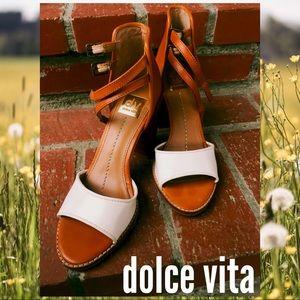 DV By Dolce Vita Platform 4 Inch Heel SZ 8.5